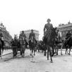 Bundesarchiv_Bild_101I-126-0350-26A,_Paris,_Einmarsch,_Parade_deutscher_Truppen