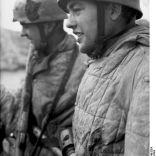 Bundesarchiv Bild 101I-578-1940-03A, Bei Monte Cassino, deutsche Fallschirmjäger