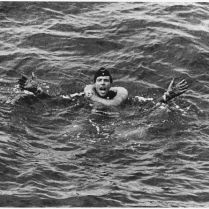 761px-WWII,_Europw,_Germany,_-German_POWs_-_German_yells_for_help_after_his_submarine_is_sunk_in_the_Atlantic_by_U.S._Coast..._-