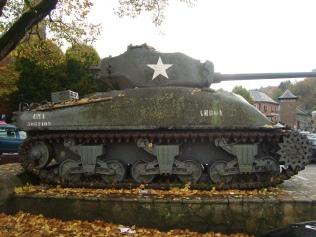 Tanque_Sherman_LaRoche-en-Ardenne_WWII_Belgica (11)