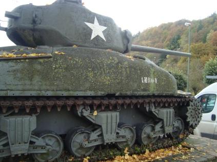 Tanque_Sherman_LaRoche-en-Ardenne_WWII_Belgica (12)