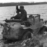 16e979d8ab2dd5e0ffb1bc2b24f804ee--army-vehicles-equipment